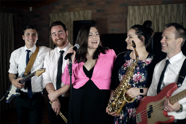 Six Degrees Melbourne Band For Hire